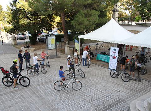 Marquage vélo et trottinette